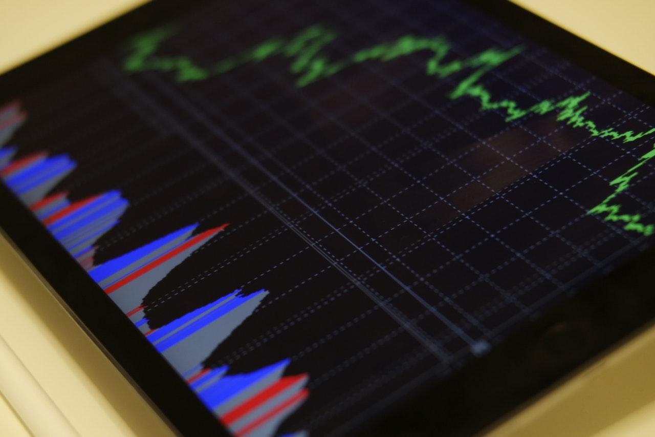 ビジネスにAI技術を活用する前に知っておくべきこと